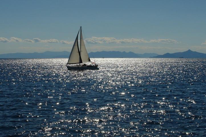sailing-2407303_1280
